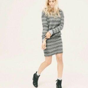 Lou & Grey Long Sleeve Striped Sweater Dress :053